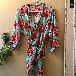 Floral robe/ wrap